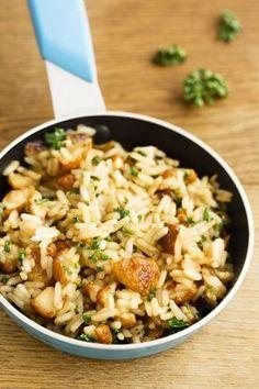 Maslové rizoto s hubami Czech Recipes, Ethnic Recipes, No Salt Recipes, Risotto Recipes, Couscous, Main Meals, Fried Rice, Potato Salad, Side Dishes
