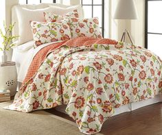 Brittany Cream Quilt Set