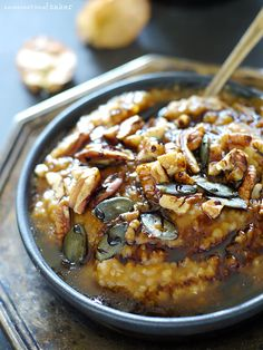 Pumpkin Spice Breakfast Porridge {Free from gluten, dairy, oils, & refined sugars}. Like having pumpkin spice dessert for breakfast, but heartily and wholesomely ♥