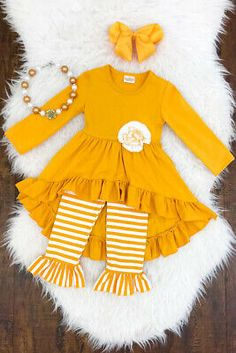 Boutique Kleinkind Kinder Baby Mädchen Blume Top Anzughose Legging Outfit Kleidung US … – winter baby clothing Little Girl Outfits, Toddler Girl Outfits, Baby Girl Dresses, Baby Dress, Kids Outfits, Cute Outfits, Baby Girls, Ruffle Dress, Legging Outfits
