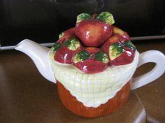Houston Harvest Apple Basket Tea Pot