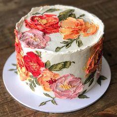 Pretty Cakes, Cute Cakes, Beautiful Cakes, Amazing Cakes, Wedding Cakes With Cupcakes, Cupcake Cakes, Buttercream Cake Designs, Buttercream Flowers, Metallic Wedding Cakes