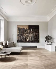 The latest in Minimalist interior design. See what perfect minimalist interior design looks like with these inspiring examples. Minimalist Interior, Modern Interior Design, Modern House Design, Minimalist Living, Minimal Home Design, Minimalist Apartment, Residential Interior Design, French Interior, Modern Houses