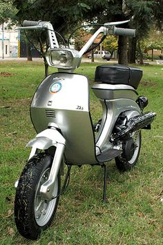 Scooters - Club Argentino Scooters y Microcoupés