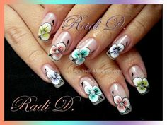 It`s all about nails: Flowery