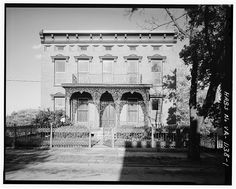 1.  FACADE - Edward S. Brown House, 818 Court Street, Lynchburg, Lynchburg, VA