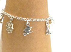 Halloween Bracelet, Witch Bracelet, Halloween Jewellery, Witch Jewellery, Halloween Charm Bracelet, Witch's Hat, Spider Web, Cat, Cauldron