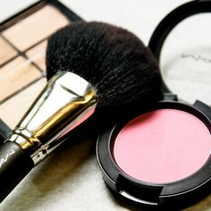 Backstage at Sophia Webster, London Fashion Week. Pictured here MAC Pink Swoon Blush Mac Makeup, Makeup Cosmetics, Makeup Tips, Beauty Makeup, Makeup Trends, Beauty Trends, Natural Blush, Glam Girl, Lip Colour