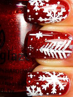 christmas nails red