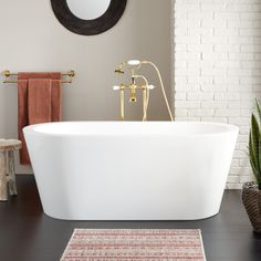 A perfect blend of style and comfort, this Leith Acrylic Freestanding Tub will be the ideal addition to your bathroom. Complete the look by pairing with a contemporary bath filler or wall-mounted faucet. Stainless Steel Farmhouse Sink, Fireclay Farmhouse Sink, Copper Farmhouse Sinks, Modern Farmhouse, Vessel Sink Vanity, Tub Faucet, Navy Blue Bathrooms, Acrylic Tub, Contemporary Baths