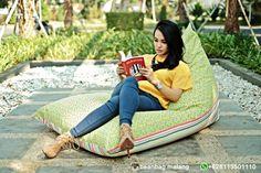 Well done ... order #beanbagchair #canvas #kanvas warna merah #red siap meluncur ke Taman Villa Meruya #Jakarta. Semoga berkenan ... FAQ : WA +628113501110 (no phone call)  #beanbag #sofa #homemade #beanbagmurah #beanbagmalang #interior #home #decoration