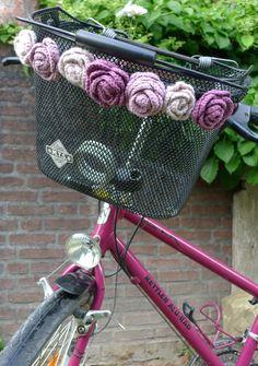 Haekelrosen an meinem Fahrrad
