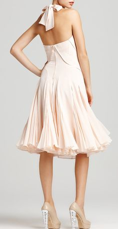 Zac Posen Halter Dress with Pleated Skirt in Pink (blush) - Lyst Pleated Skirt, Dress Skirt, Vestidos Vintage, Dress Me Up, Pink Dress, Pretty Dresses, Amazing Dresses, Beautiful Outfits, Beautiful Clothes