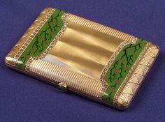 Art Deco Bi-color Gold and Enamel Cigarette Case Vintage Vanity, Vintage Glamour, Art Deco Vanity, Cigar Cases, Lighter Case, Small Case, Smoking Accessories, Fashion Accessories, Solid Perfume