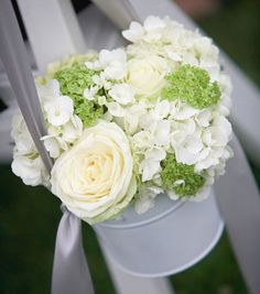 White Metal Bucket with 2 Handles SALE PRICE! This White galvanized metal bucket with handles is the perfect size to use for aisle ends at an outdoor wedding. Wedding Ceremony Flowers, White Wedding Flowers, Wedding Table, Wedding Bouquets, Rustic Wedding, Wedding Church, Wedding Venues, Wedding Notes, Wedding Arches