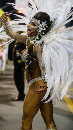 2016 * Escola de Samba Tricolor Independente - São Paulo