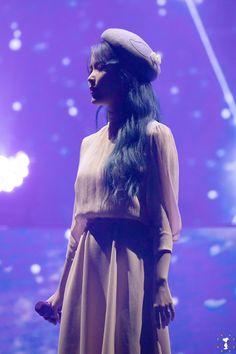 Iu Fashion, Kpop Fashion Outfits, Snsd, Korean Celebrities, Celebs, Iu Hair, Korean Actresses, Queen, Girl Crushes