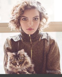 @nakedmag with guest appearance by Savvy the kitty   : @catherinepowell  : @jessibutterfield  : @hm