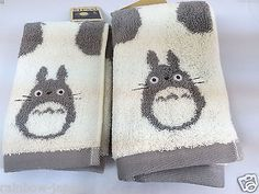 Product Name : My Neighbor Totoro Face & Hand Towel SET Manufacture : Marushin Condition : Brand New Include : My Neighbor Totoro Face & Hand Towel SET x 1 Size : about 35 x 34cm, 34 x 78cm