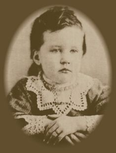 Baby picture of Rose Wilder Lane, daughter of Almanzo and Laura Ingalls Wilder Old Pictures, Old Photos, Vintage Photos, Vintage Photographs, Vintage Postcards, Laura Ingalls Wilder, Wilder Book, Ingalls Family, Interesting History