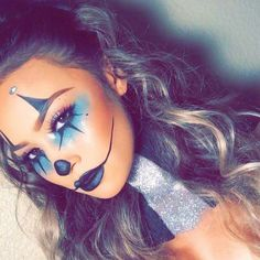 Sexy Clown Makeup Ideas for the Halloween Party – Halloween Make Up Ideas Maquillage Halloween Clown, Halloween Makeup Clown, Masque Halloween, Halloween Inspo, Halloween Makeup Looks, Cute Clown Makeup, Halloween Party, Sexy Clown Costume, Creepy Halloween