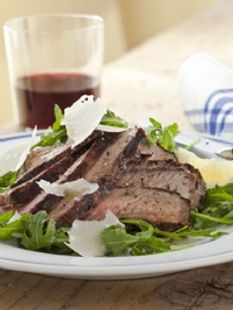 Grilled steak and arugula... I think the boy will like this as long as I don't tell him it's a barefoot contessa recipe. He can't stand her!!!