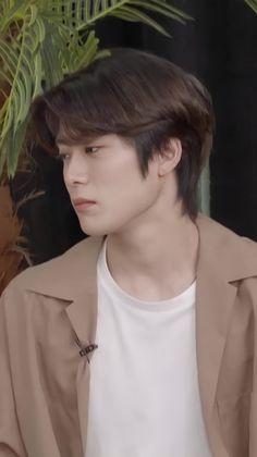 Jung Jaehyun, Jaehyun Nct, K Idol, Bts Jin, Boyfriend Material, Hairstyle, Kpop, Boys, Hair Job