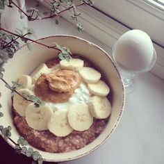 Postworkout oatmeal after two classes at the gym  A well needed warm comfortbowl with delishousness!  #Padgram