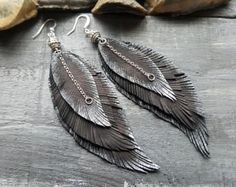 Dazzling Best Collection of Earrings Ideas. Ineffable Best Collection of Earrings Ideas. Diy Leather Earrings, Tribal Earrings, Feather Necklaces, Feather Earrings, Beaded Earrings, Earrings Handmade, Silver Earrings, Handmade Leather Jewelry, Feather Jewelry
