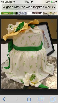 Gone with the wind inspired wedding cake