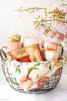 Need some Gift Basket Ideas for Mother's Day? Or for that matter any friend who loves tea parties? Well, this post teaches all the things to consider when putting together a great gift basket from the container to the perfect items from HomeGoods! Mothers Day Baskets, Spa Basket, Mother's Day Gift Baskets, Themed Gift Baskets, Diy Mothers Day Gifts, Raffle Baskets, Basket Gift, Tea Gifts, Mother's Day Diy