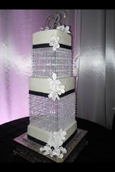 Wedding cake bling