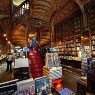 Livraria Lello - Prólogo Livreiros, S.A., Porto, Portugal