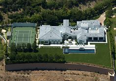 Gwen Stefani's House....1231 Stone Canyon Road, Los Angeles, CA.  Drove right by it on my recent trip!! :D
