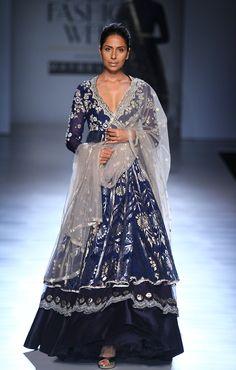 Anju Modi at Amazon India Fashion Week autumn/winter 2017 India Fashion Week, Lakme Fashion Week, Asian Fashion, Indian Dresses, Indian Outfits, Lehenga, Anarkali, Sharara, Eastern Dresses