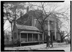 Rear View - Kirkpatrick House, Oak Street, Cahaba, Dallas County, Alabama. March 23, 1934. Abandoned Plantations, Abandoned Mansions, Abandoned Houses, Abandoned Places, Old Houses, Farm Houses, Gothic Revival Architecture, Southern Architecture, Creepy Houses