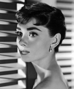The 20 Most Iconic Cat Eyes of All Time - Audrey Hepburn from…