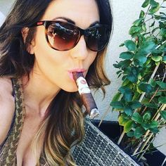 Cigars And Whiskey, Good Cigars, Pipes And Cigars, Cuban Cigars, Whisky, Women Smoking Cigars, Smoking Ladies, Cigar Smoking, Girl Smoking