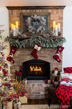 Elegant Christmas Fireplace Decor with Warm and Rustic Accent Pieces - 13 Wintry. - Elegant Christmas Fireplace Decor with Warm and Rustic Accent Pieces – 13 Wintry Christmas Firepl - Christmas Mantels, Noel Christmas, Country Christmas, Christmas Wreaths, Christmas Fireplace Decorations, Fire Place Christmas Decor, Christmas Movies, Vintage Christmas, Christmas Music