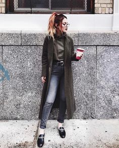 Pin by honor holloway on grunge, rocker chic, etc Grunge Outfits, Grunge Fashion, Boho Fashion, Fashion Outfits, High Fashion, Casual Summer Outfits For Teens, Casual School Outfits, Mom Outfits, Winter Outfits