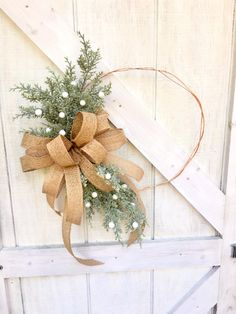 🌲 This Christmas Hoop Wreath for Front Door is bursting with glistening cedar greenery. Add a custom decorator look to your home with this Modern Christmas Wreath with Burlap Bow. It's sure to catch the eye of all your family and friends! Outdoor Christmas Wreaths, Outside Christmas Decorations, Christmas Wreaths For Front Door, Holiday Wreaths, Outdoor Decorations, Modern Christmas, Simple Christmas, Christmas Tree, Burlap Bows