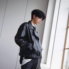 Ref (Sitter Models) x Minswara Korean Boys Ulzzang, Cute Korean Boys, Ulzzang Boy, Asian Boys, Korean Girl, Asian Men, Korean Fashion Men, Ulzzang Fashion, Korean Men