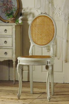 アンティーク リボンチェアC  French Antique Louis XVI style Chair