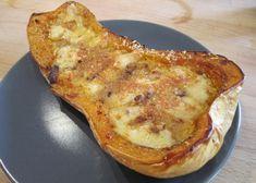 Butternut farcie aux lardons WW, recette d'un bon plat complet à base de courge farcie et gratinée, facile et simple à réaliser pour un repas léger.