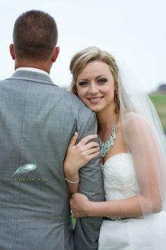 bridal posing, wedding photography, wedding photographer in Colorado