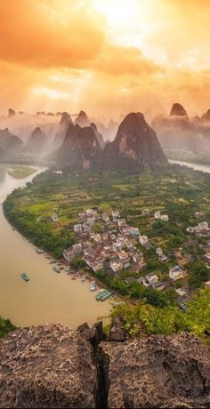 #Yangshou #Guilin ,#China http://en.directrooms.com/hotels/district/1-12-61-445/