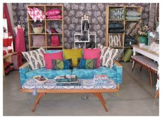 Layout for my my future African lace shop. Pop Up Shops, African Lace, Scatter Cushions, Teaching Art, Love Seat, Places To Go, Arts And Crafts, Layout, House Design