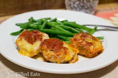 Mini Mozzarella Stuffed Italian Meatloaves - Low Carb, Grain Free, THM S - these cook faster than a big meatloaf & you don't need to roll them into balls. They are a perfect weeknight meal. Healthy Eating Recipes, Ketogenic Recipes, Low Carb Recipes, Ketogenic Diet, Low Carb Bread, Low Carb Keto, Italian Meatloaf, Joy Filled Eats, Grain Free
