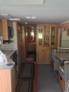 2000 Used Fleetwood PACE ARROW 37 Class A in California CA.Recreational Vehicle, rv, This RV is in excellent shape do not let the year model fool you. You will not be disappointed For the asking price I don't think you will find a nicer Coach.Hit the road and don't look back! Excellent inside & out! Runs great, everything works perfectly . HUGE living room slide! Features: Ducted heating & a/c system, washer/dryer, satellite dish, 2 tv's, separate toilet room, shower and spacious vanity…