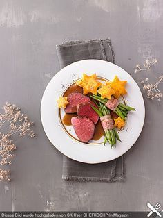 Rinderfilet mit Polentasternen und Bohnen im Speckmantel, ein beliebtes Rezept aus der Kategorie Gemüse. Bewertungen: 13. Durchschnitt: Ø 4,1.
